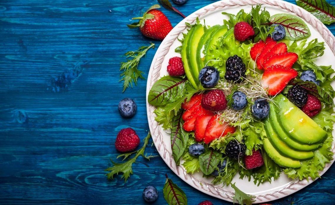 Dieta primaverile: cosa mettere in tavola per prepararsi all'estate