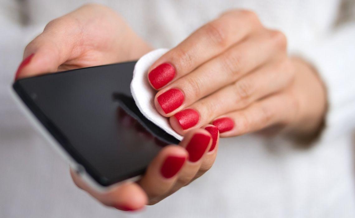 Il tuo smartphone è pieno di germi?